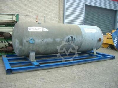 Sonstige/Other Andere Tank