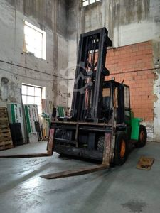Hyster H16