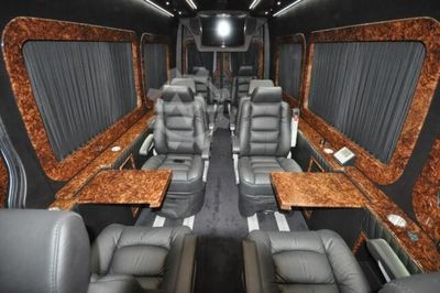 Mercedes-Benz Sprinter 319 VIP Business Van 324 1 DIEWERT