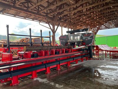 WRC 1550 AC Log Band Saw Horizontal