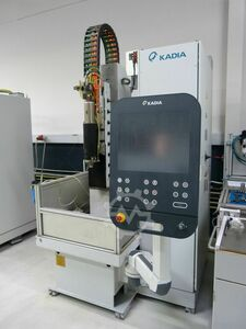 Single-spindle vertical honing machine