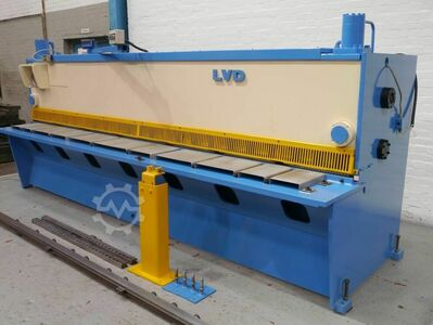 LVD MVB40/4 4000mm x 4mm Hydraulic Guillotine/Shear