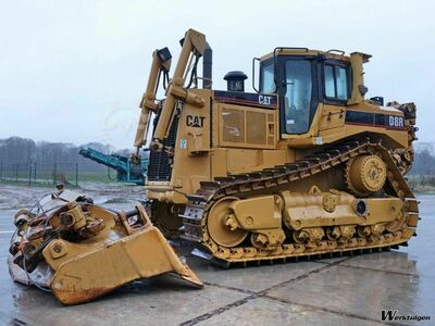 Caterpillar D8R Incl. ripper / 3 PIECES