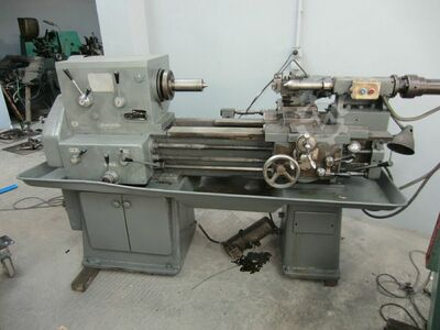 Conventional lathe with DUPLOMATIC