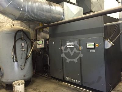 Compressor with air dryer