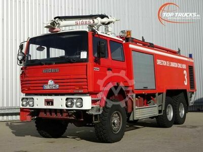 Sonstige/Other Renault Thomas Sides VMA 68 6x6 Foam Crash tender,
