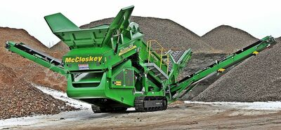 McCloskey coarse screening plant R 105