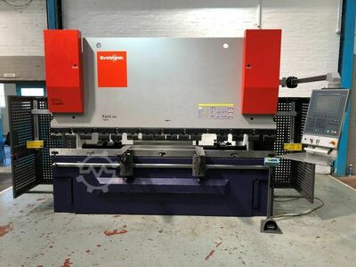 BYSTRONIC Xact 100 ton x 3000mm Hydraulic Downstroke CNC 4 Axis Press Brake. Manufactured 2011
