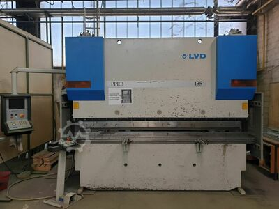 6 -AXIS SYNCHRONISED CNC PRESS BRAKE