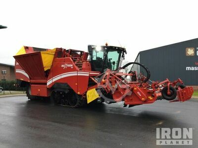 2015 Grimme Maxtron 620 Self-Propelled 6 Row Sugar