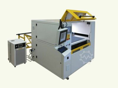 CO2 Laser cutting machine