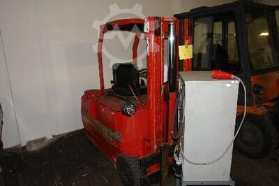 Fork Lift Truck - Electric