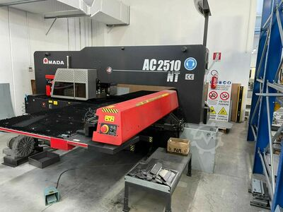 Punching machine Amada AC 2510