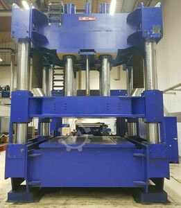 Verformpresse 450 to