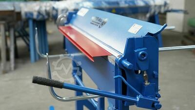 Edging machine folding bench from the manufacturer