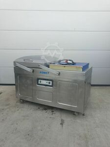 KOMET Vacuum machine