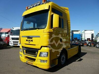 MAN TGX 400 XXL Side skirts Dutch Truck