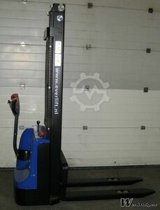 Everlift Full stacker electric model 30