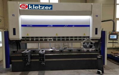 KK-Industries CNC Abkantpresse  KKI EUROPA XL 2600 mm x 100 to,