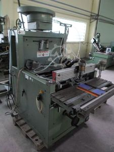 21-30-002 Dowel inserting machine