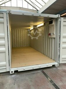 Material container 20 feet w. Electric package