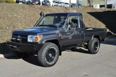Toyota Land Cruiser GRJ 79 4.0 V6 5 Gang SINGLE CAB NES