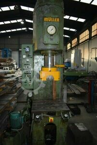 Müller Hydraulic Press 100 TNS