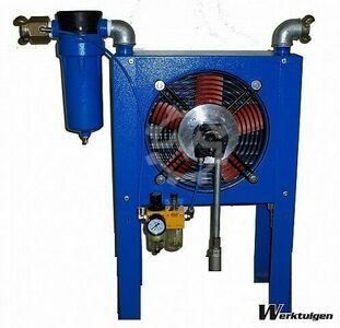 Aftercooler for dry compressed air