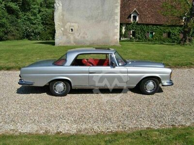 Mercedes-Benz 250 SE Coupé 250 SE Coupé,