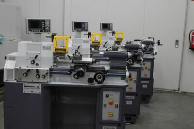 Lathe high precision