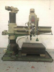 KITCHEN & WALKER E75-1900 1900mm Radial Drill. No.5 MT. Speeds 12 - 1000 rpm. With Box Table. Serial No. 3841