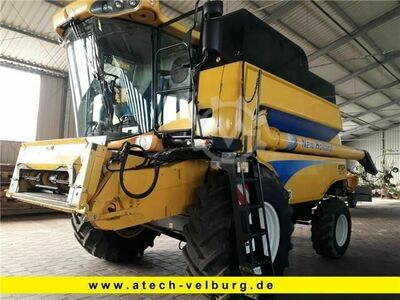 New Holland CSX 7070