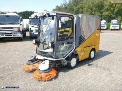 Sonstige/Other Applied sweeper Green machine 636
