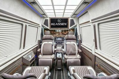 Mercedes-Benz Sprinter 319 CDI First Class VIP BUS 7+1+1