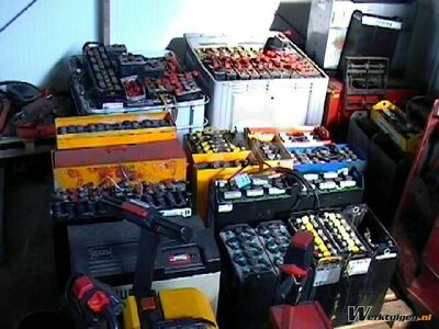 Traction batteries Various brands and voltages