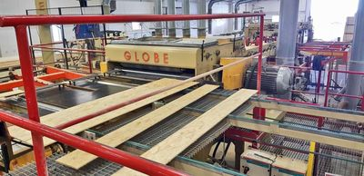 GLOBE Machinery  Blobe trim saw