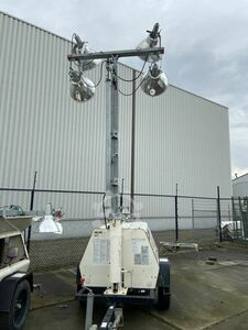 """Terex AL4000 Light Pole"""