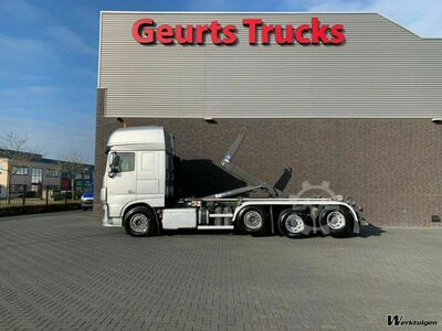 DAF XF 106.460 8X2 TRIPLE SUPER SPACE CAB + VDL HAAKAR