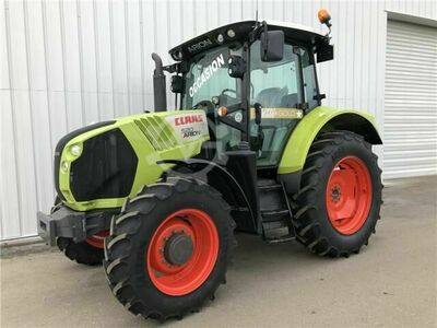 Claas ARION 520 T4I