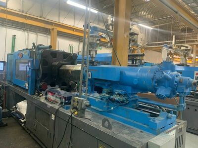 INJECTION MOLDING MACHINE 360 TONS