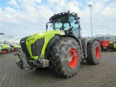 Claas XERION 4000 VC