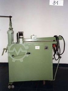 Torsion machine for balcony railings