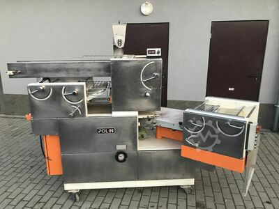 weighing and forming machine
