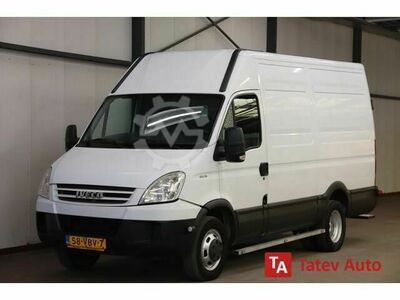 Iveco Daily Daily 40C18 180PK AUTOMAAT L2H2 TREKHA