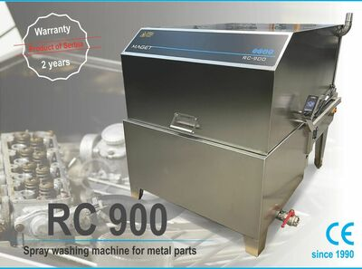Spray washing machine for metal parts