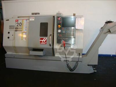 Tour CNC Haas - stock britannique
