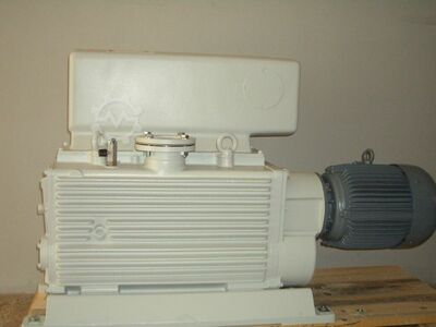 Piston Vacuum pump. Leybold E 250
