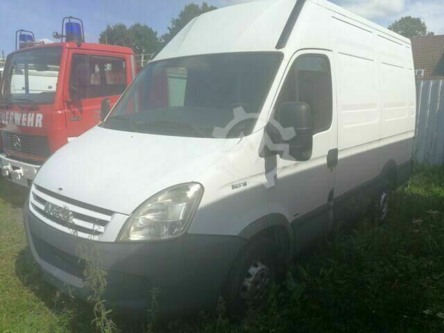 Iveco Daily 35S18 Kasten 3.0 Turbo, netto 4950¤