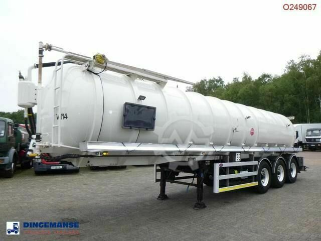 Sonstige/Other Lakeland Vacuum tank alu 32 m3 / 1 comp pump