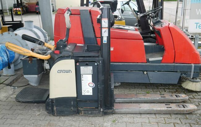 Crown Series DT 3000 Access123